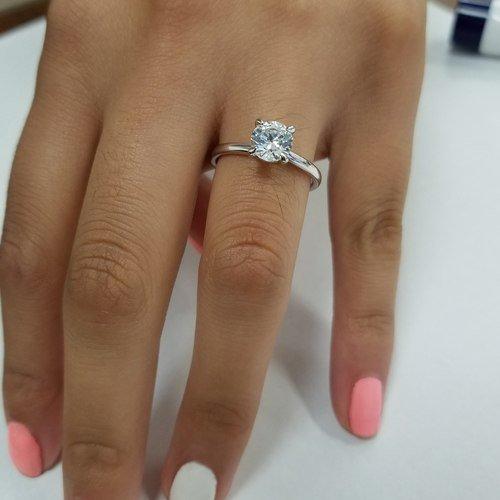 1 Carat Diamond Engagement Ring