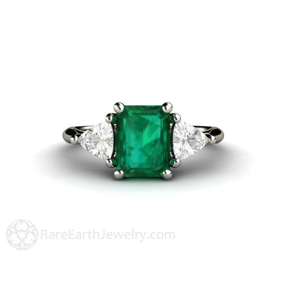Antique Emerald Engagement Rings