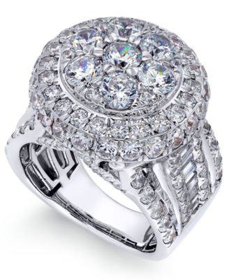 Diamond Cluster Engagement Rings
