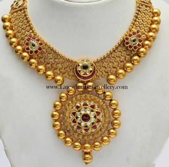 Latest Gold Weeding Neckles Degines